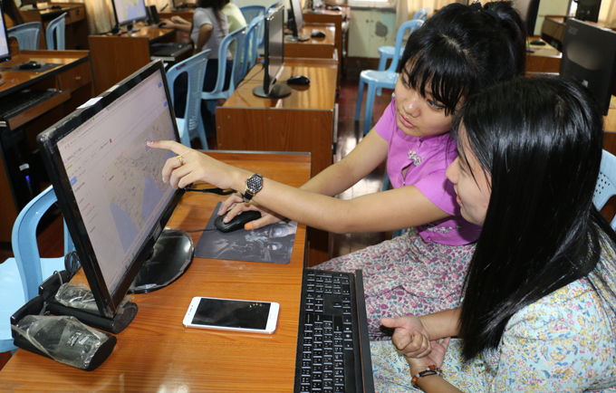 Data from the UNFPA supported census helps journalist students write evidence-based news stories focused on issues crucial to the development of the country.